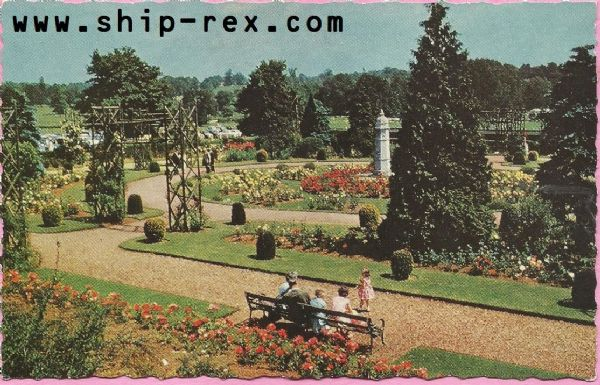 Kettering, The Wicksteed Park - postcard